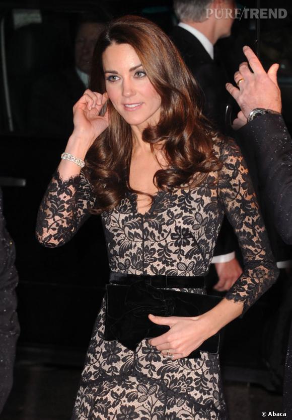 """Kate Middleton à la première du film"""" Cheval de Guerre"""" à Londres."""