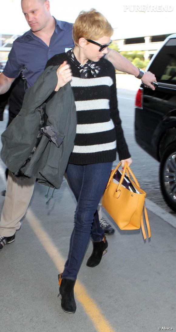 Michelle Williams à l'aéroport de Los Angeles.