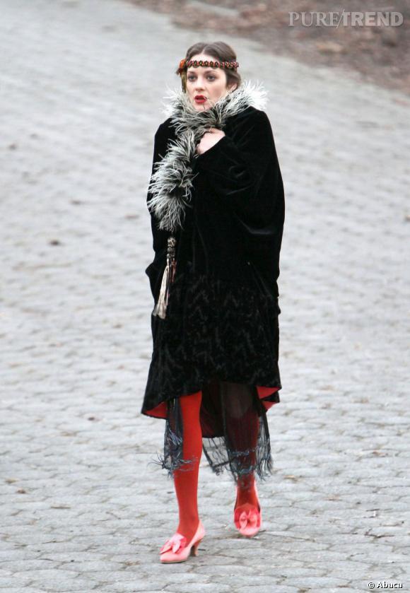 Marion Cotillard, un look année 20 qui lui va à la perfection.