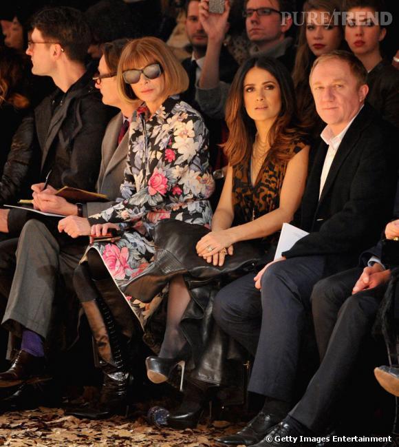 Salma Hayek fait une apparition surprise au premier rang McQ Alexander McQueen aux côtés d'Anna Wintour.