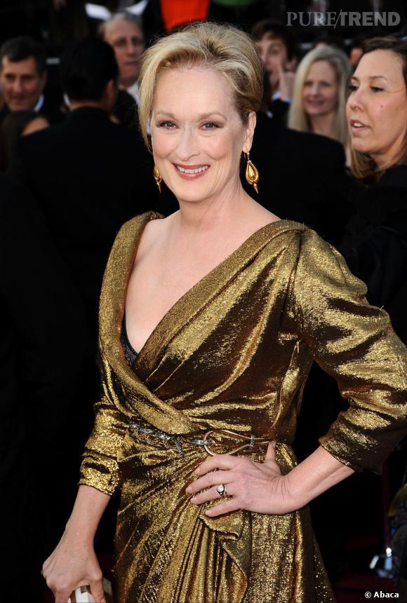 Meryl Streep opte pour un très beau chignon qui est en adéquation avec son talent.