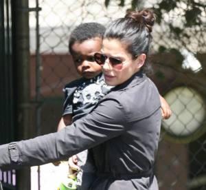 Sandra Bullock, son fils la mène par le bout du nez