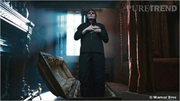Johnny Depp, très Dracula.