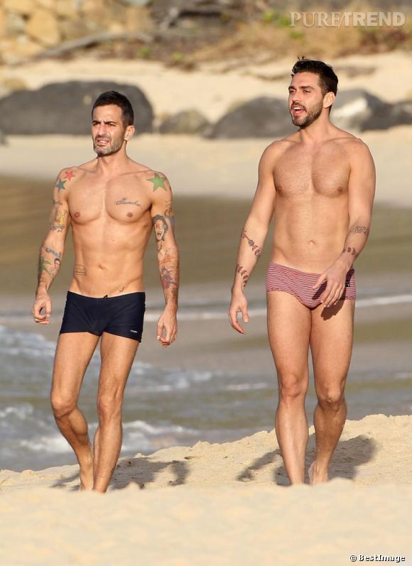 Marc Jacobs et son ex-boyfriend Lorenzo se promènent sur une plage désertique de Saint-barthélemy. Sea Sex and Sun...