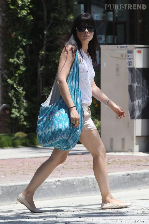 Selma Blair se rend à Melrose Place pour une séance de shopping chez Marc Jacobs