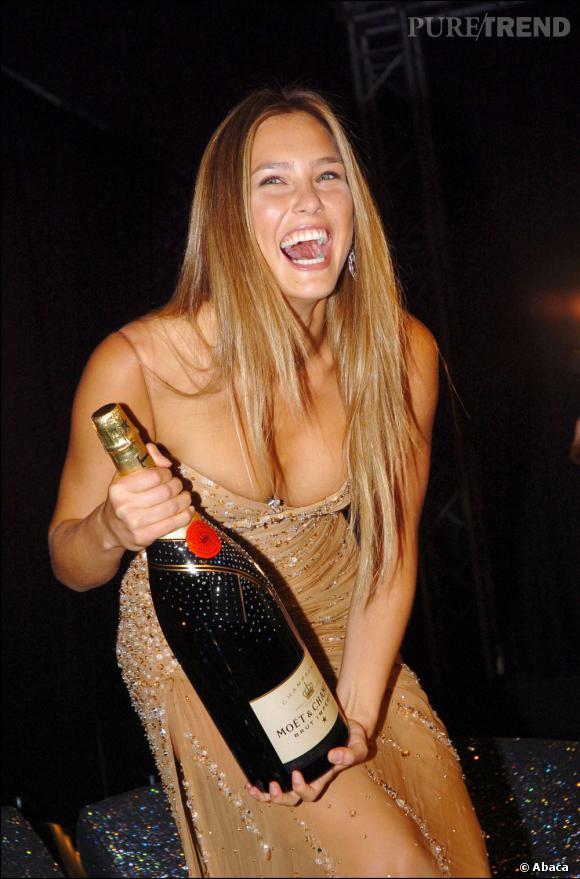 Bar Refaeli, femme la plus hot de 2012 d'après le magazine Maxim.