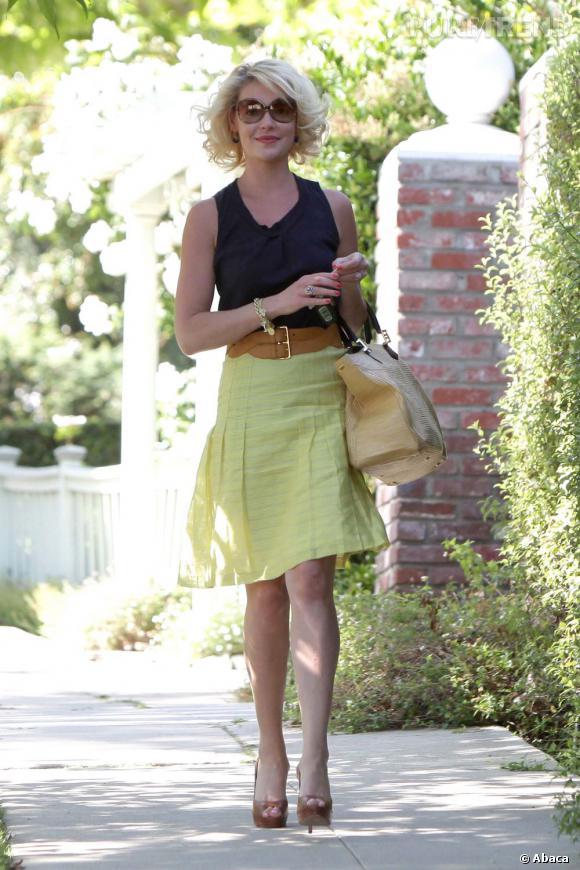 Katherine Heigl ne pouvait pas se tromper en choisissant une jupe et un simple t-shirt. Et pourtant...
