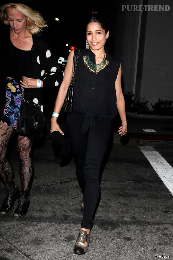 Freida Pinto se rend au concert de Lana del Rey à Los Angeles le 5 juin.