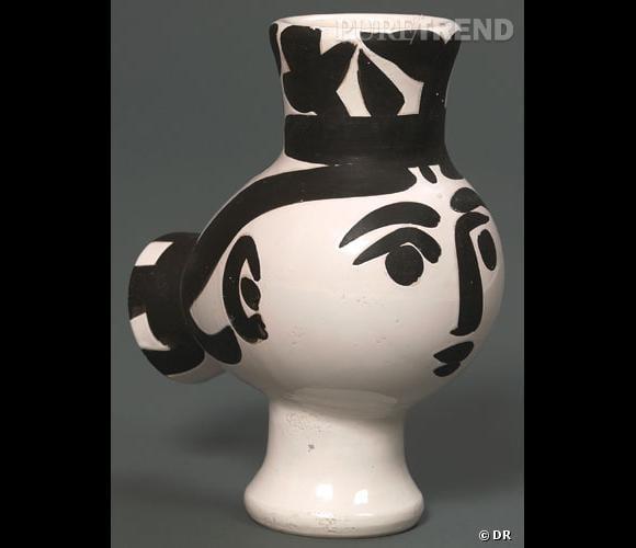 Pot en céramique peint par Picasso.