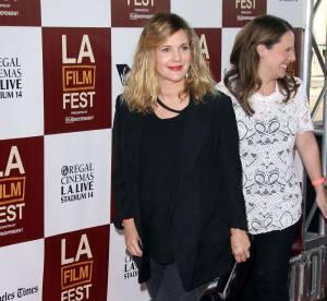 Drew Barrymore affiche enfin ses rondeurs sur tapis rouge