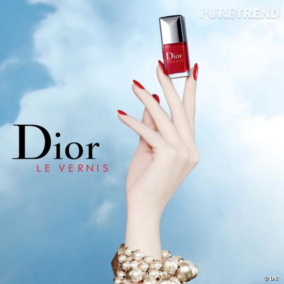 Dior célèbrent les 50 ans de ses vernis en proposant deux couleurs emblématiques de la maison.
