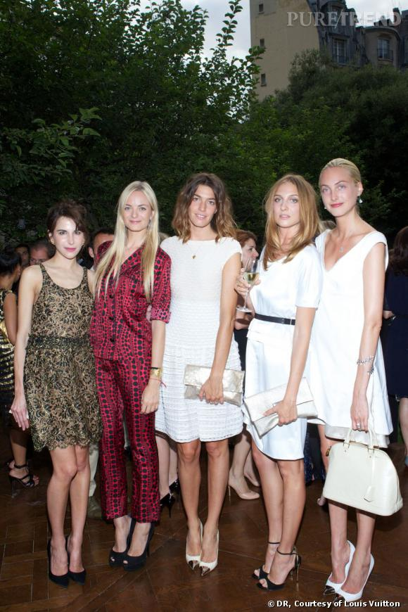 Caroline Sieber, Virginie Courtin, Antonine peduzzi, Luisa orsini, Claire Courtin.