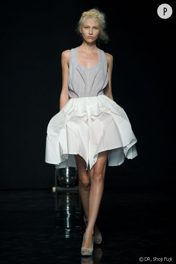 Yiqing Yin Haute Couture automne-hiver 2012