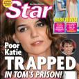 Katie Holmes a beau essayer de paraitre heureuse, on remarque vite que quelque chose cloche. En 2006, les magazines people voient déjà clair dans leur jeu...