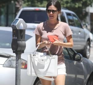 Rachel Bilson : virée shopping et détente avec sa soeur après le tournage de Hart of Dixie