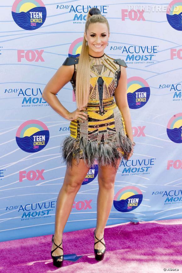 Demi Lovato, jungle queen en Falguni & Shane Peacock Printemps-Été 2012.