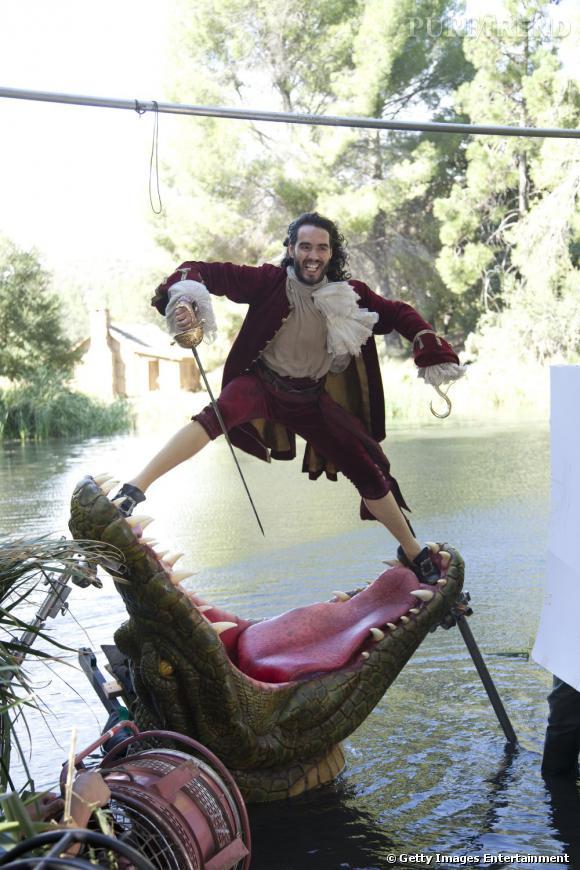 Russell Brand devient cette année le Capitaine Crochet d'Annie Leibovitz.