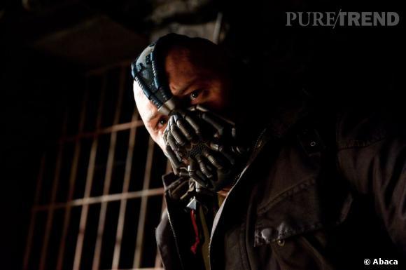 """Pauvre Bane, ce sont ses scènes qu'on a coupées pour raccourcir """"The Dark Knight Rises"""", déjà long..."""