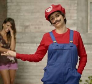 Penelope Cruz en Super Mario, les Spice Girls, Brad Pitt... : 10 pubs ridicules de stars