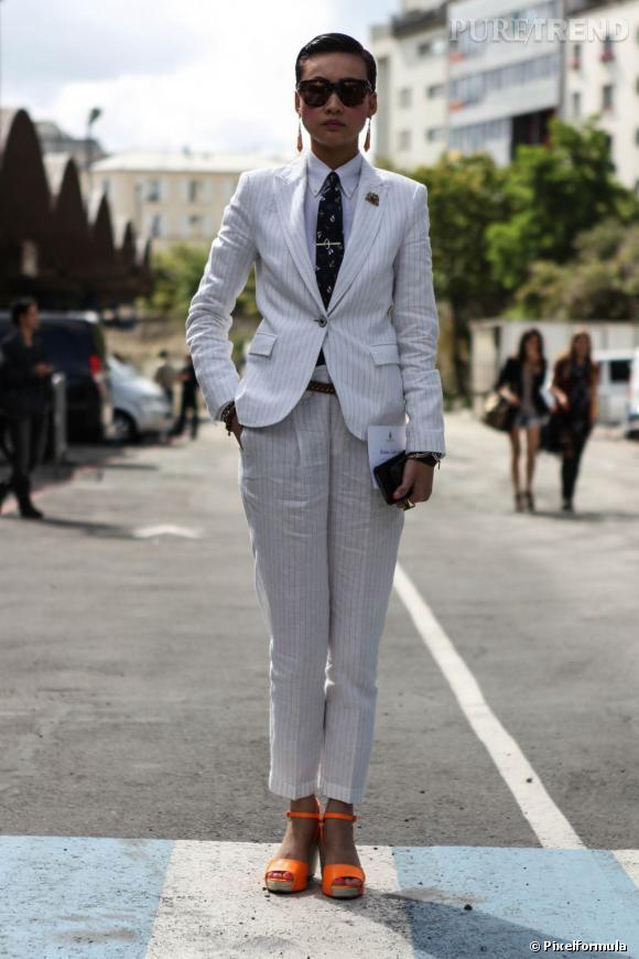10 : piquer (encore...) le costard de son mec       Oui, le look Tomboy est toujours d'actualité. Le must ? Ne pas faire les choses à moitié et opter pour le total look : veste + pantalon + chemise d'homme, et pendant que vous y êtes, une cravate ou un noeud pap.