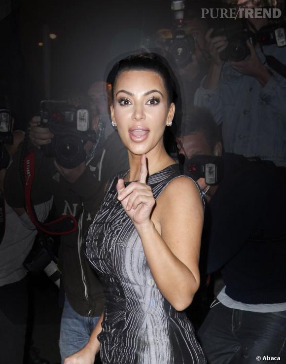 """Kim Kardashian a des souhaits simples... """"J'aimerais être Jésus pour une journée."""" Ou pas."""