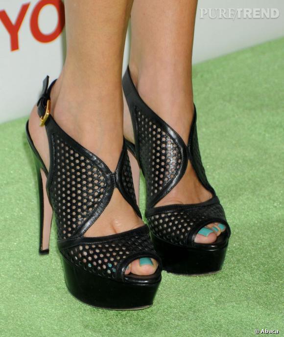 Les sandales Prada de Malin Akerman.