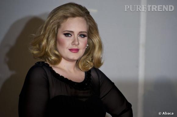 La chanteuse Adele a été victime à la fois d'insultes et de menaces sur Twitter récemment. Pas très sympathique pour célébrer un accouchement.