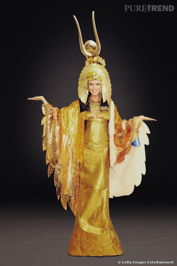 Heidi Klum, une Cléopâtre pour Halloween !