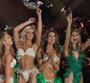 Alessandra Ambrosio, Cara Delevingne, Rihanna : le best of du défilé Victoria's Secret 2012