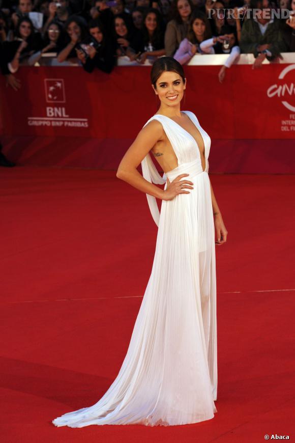 Le top red carpet de Nikki Reed  : Dans sa robe immaculée de déesse grecque, Nikki remporte tous les suffrages.