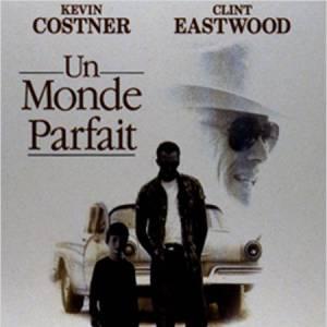 """L'acteur joue souvent des inspecteurs ou des figures policières. Il continue sur sa lancée dans """"Un Monde Parfait"""" dans lequel il joue un Texas Ranger à la poursuite de deux prisonniers et de leur otage, un petit garçon."""