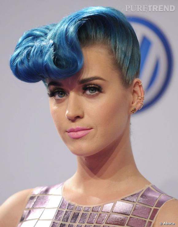 Katy Perry a la banane... bleue.