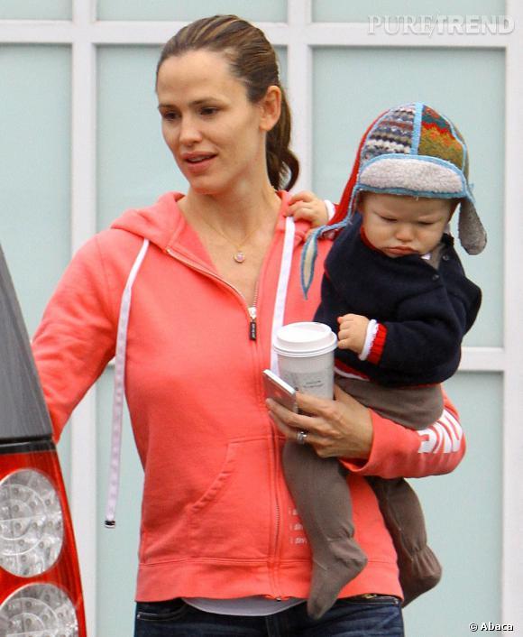 Jennifer Garner, maman débordée.