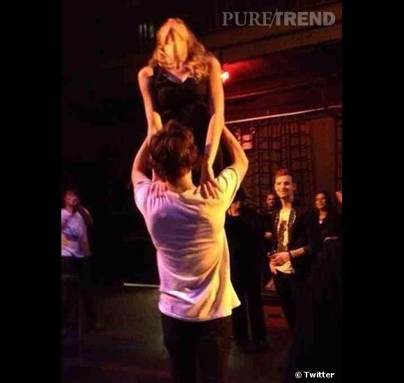 Taylor Swift très investie pour son remake de Dirty Dancing avec Harry Styles.