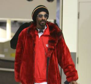 Snoop Dogg / Lion à l'aéroport de Los Angeles, un vrai flop ambulant !