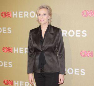 "Jane Lynch peut-elle incarner Hillary Clinton dans ""Rodham"" ?"