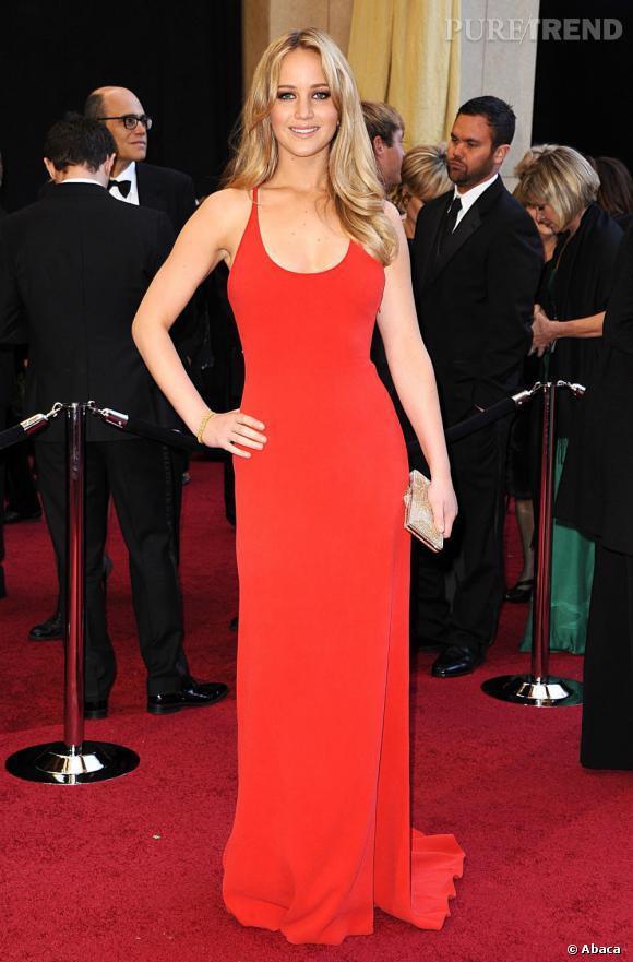 Jennifer Lawrence crée le scandale en provoquant les actrices face à qui elle est nominée aux Oscars.