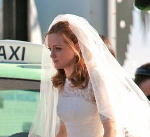 """En tout cas, le choix de la robe ne nous surprend pas ! Dentelle et froufrous pour la plus girly de """"Glee"""" !"""