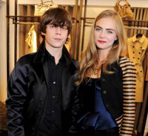Jake Bugg et Cara Delevingne : une soiree so british pour Burberry !
