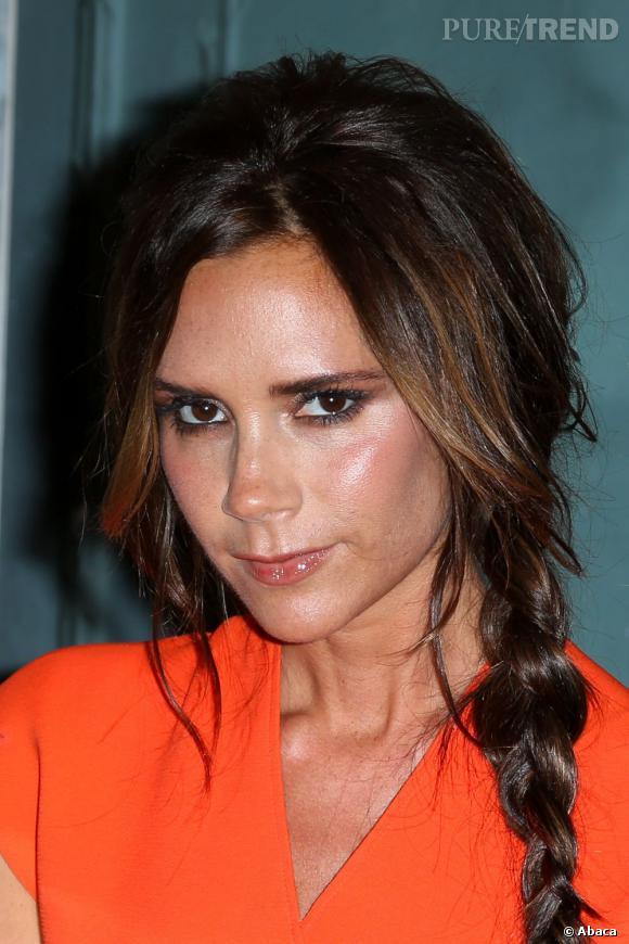 Le nez légèrement en trompette de Victoria Beckham nous donne des soupçons...