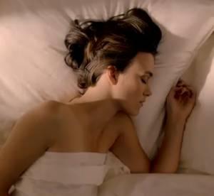 Keira Knightley jugee trop sexuelle dans la pub Chanel