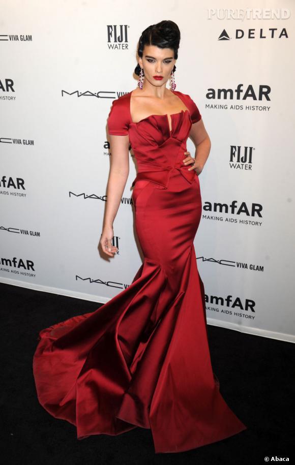 Crystal Renn milite pour que le 38 devienne la norme dans le monde de la mode.