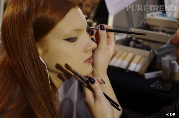 L'eyeliner fort est la base de ce maquillage.