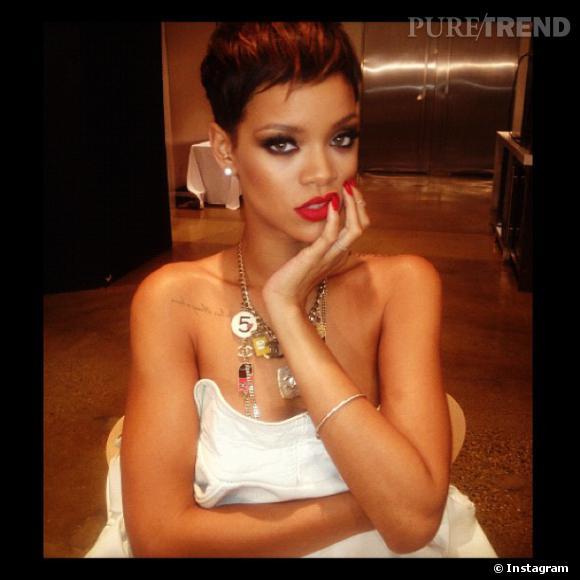Rihanna a l'habitude de mettre des photos très sexy sur Instagram : une manie que sa mère n'approuve pas du tout !