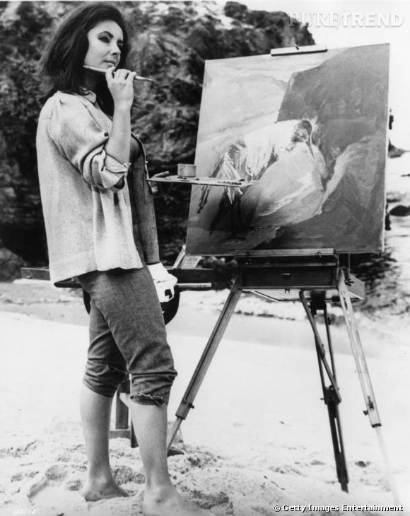 En pleine séance artistique, l'actrice déployait ses dons.