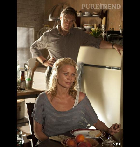 """Dans la série """"The Walking Dead"""", beaucoup de personnages nous tapent sur le système. Mais c'est Andrea (Laurie Holden) qui gagne la palme de la plus énervante ! Elle change d'avis comme de chemise, se jette dans la gueule du loup et gâche ses chances..."""