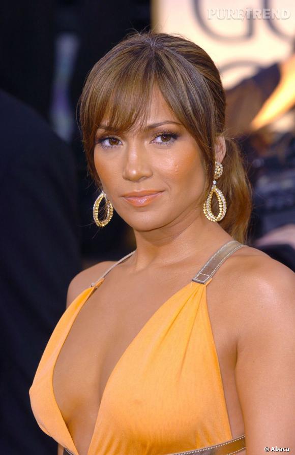 Le top teint hâlé :  Là, Jennifer Lopez a su doser pour afficher un visage bronzé sans faire tâche.