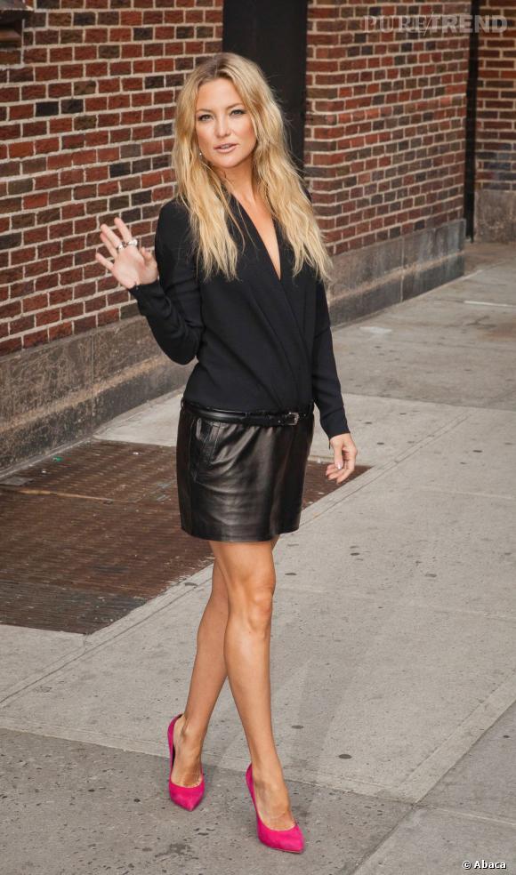 """Kate Hudson, magnifique dans une robe Barbara Bui et des escarpins Giuzeppe Zanotti pour le """"Late Show with David Letterman""""."""