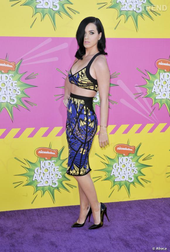 """N°16 :  C'est sans surprise qu'on retrouve dans le classement la chanteuse sexy Katy Perry, spécialiste du """"Hot'n'Cold""""."""