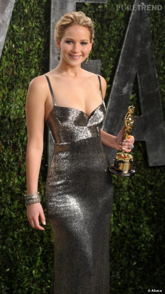N°20 :  Surprise, Jennifer Lawrence passe de la 74ème place du classement FHM à la 20ème en une seule année !